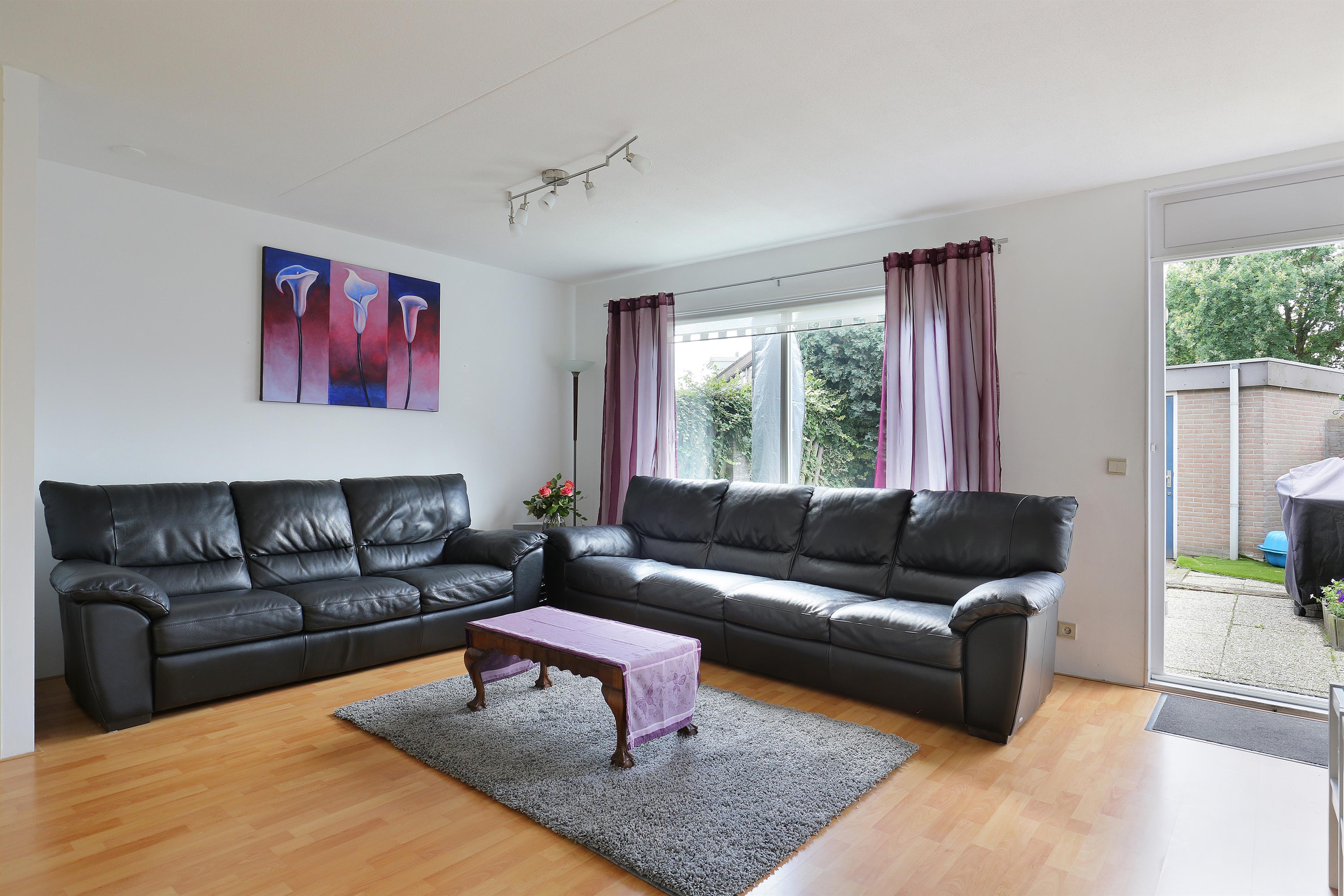 Te koop rouenlaan 13 eindhoven hendriks makelaardij - Hoe een grote woonkamer te voorzien ...